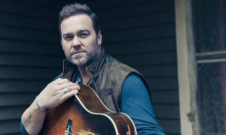 Music News - Lee Brice Surprises Fan After Hearing 'Rumor' About Anniversary