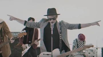 Trending - Sum 41 Transport To 1969 In 'A Death In The Family' Video: Watch