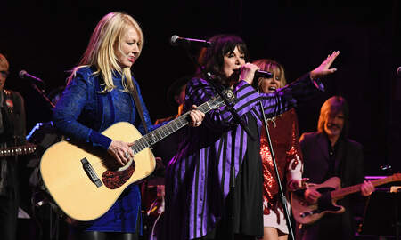 Entertainment News - Heart Extend 'Love Alive' Tour Into The Fall