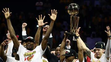 Dr Darrius - Toronto Raptors + Drake Celebrate First NBA Championship Parade