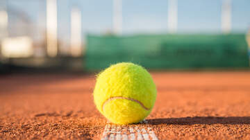 Local Sports Stories - WCHO - Disbennett Gains 400th Career Win in Chillicothe Tennis