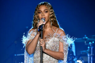 Beyonce Meets Nala From Broadway's 'Lion King' Ahead Of Disney Remake