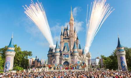 Entertainment News - Disney's New 'Extra' Extra Magic Hours Will Get You In The Parks At 6 A.M.
