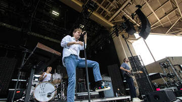 Concert Photos - Young the Giant Fitz and the Tantrums and Coin