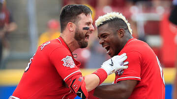 Lance McAlister - Reds rally to stun Astros and complete sweep