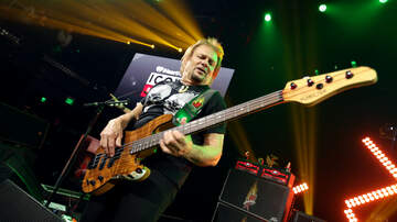 Maria Milito - Michael Anthony Says Van Halen Was Supposed To Be Rehearsing Right Now