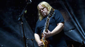 Rock News - Warren Haynes Reveals What Gov't Mule Is Always Missing In The Studio