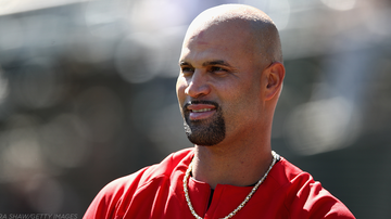 Lisa Berigan - ALBERT PUJOLS GIVES JERSEY OFF HIS BACK TO FAN WITH DOWN SYNDROME (Video)