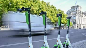 JJ - Scooters in Nashville Officially Banned