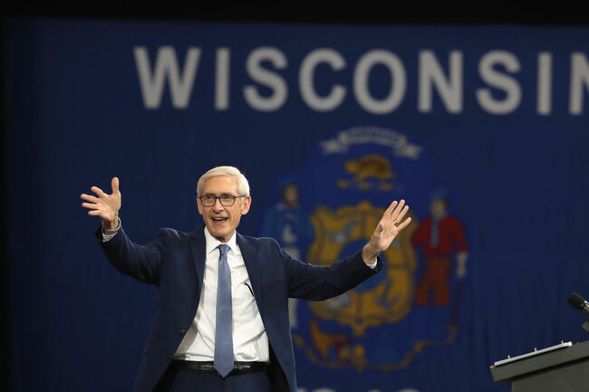 Former President Obama Campaigns With Wisconsin Democratic Candidates