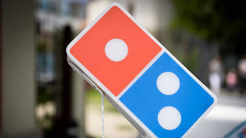 Hoody - Domino's Pizza is Testing 'Driverless Delivery' in Select Stores!