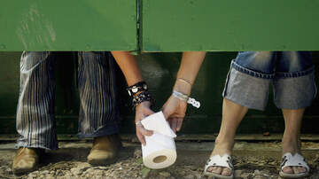 Bill Reed - See How Long It Takes You to Unravel This Roll Of Toilet Paper!