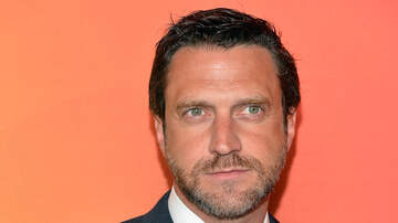 None - Raúl Esparza To Star In Encores! Off-Center Production Of 'Road Show'