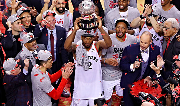 Ric Bucher says the Clippers are 'nervous' that the Raptors are now the frontrunners to sign Kawhi Leonard.
