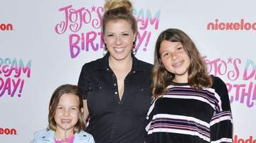 Sisanie - 'Fuller House' Star Jodie Sweetin Is Launching A New Parenting Podcast