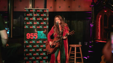 Photos - Tenille Townes at Foundation Room