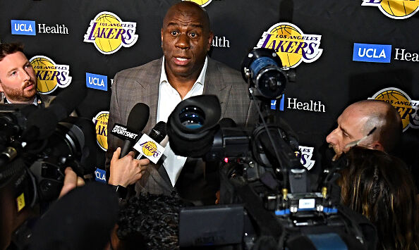 Why is Magic Johnson back in the good graces of the Lakers?