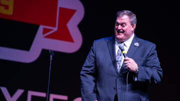 DVE Comedy Fest - DVE Comedy Fest 2019 - Billy Gardell