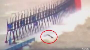 Coast to Coast AM with George Noory - Watch: Weird Creature Appears on Lake Michigan Webcam
