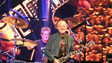 Photos - The Peter Frampton Concert at Lakeview Amphitheater (PHOTOS)