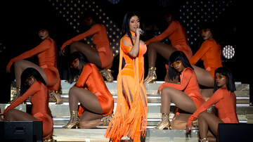 Jesse Lozano - Cardi B Urged Her Fans to Share Questions for 2020 Democratic Candidates