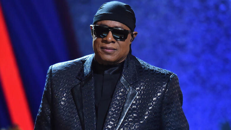 Stevie Wonder To Undergo Kidney Surgery Amid 'Serious' Health Issue