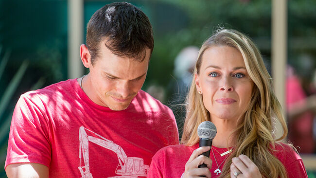 Granger Smith's Wife Remembers Late 3-Year-Old Son One Month After He Died