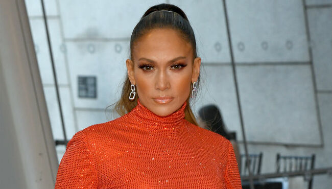 Jennifer Lopez Supports Gay Valedictorian Who Was Silenced By High School
