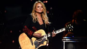 Music News - Miranda Lambert's Generosity Helps Animal Shelter Waive Adoption Fees