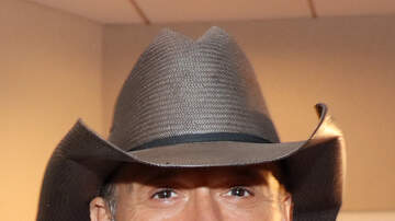 Big D Vegas - TIM MCGRAW Talks iHeartRadio Music Festival, Favorite Song & More