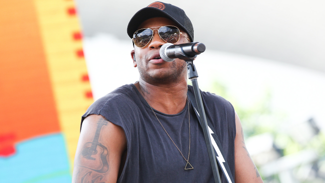 Jimmie Allen Joins Matchbox Twenty's Rob Thomas On Stage During 'Unwell'