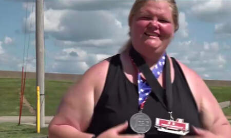 Sports Top Stories - Iowa Woman Shatters World Record For Heaviest Female To Complete a Marathon