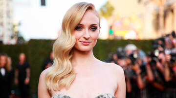 Trending - Sophie Turner Puts An End To Bottle Cap Challenge In The Most Hilarious Way