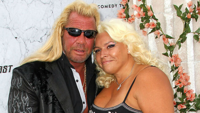 Dog The Bounty Hunter Tearfully Mourns Late Wife Beth At Colorado Memorial
