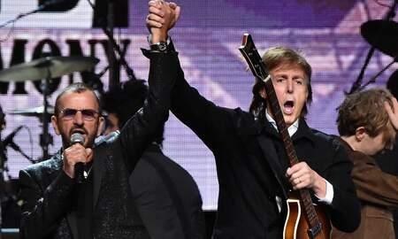 Rock News - Paul McCartney Reunites With Ringo Starr To Play Beatles Hits: Watch
