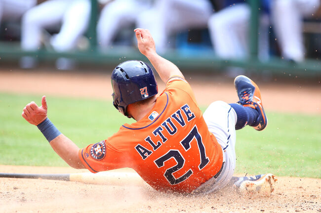 Altuve Hits Grand Slam, Verlander Deals in 12-4 Win Over Rangers