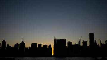 Fred And Angi - WATCH: Blackout In New York City's Manhattan