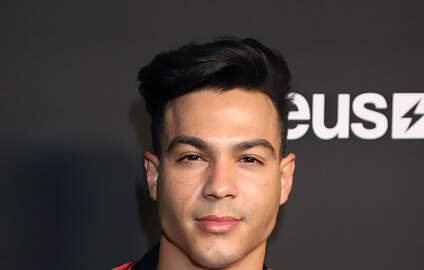The Tea with Mutha Knows - Social Media Star Ray Diaz Arrested By Police For Alleged Sexual Assault