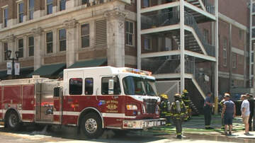 WHO Radio News - Fire alarm, firefighters, but diners at Des Moines restaurant keep eating