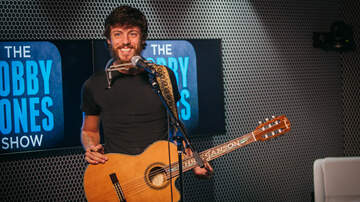 Bobby Bones - Chris Janson Doesn't Follow A Set-List Instead Feels It Out Every Night
