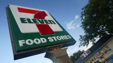 Florida News - Multiple People Detained After Deadly 7-Eleven Shooting