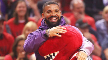 iHeartRadio Music News - Drake Makes An Insane Shot On His MASSIVE Home Basketball Court: Watch