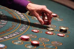 Suit Claims Encore Casino Cheats Gamblers