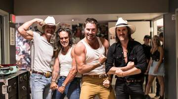 KNIX Birthday Bash Blog - Tim McGraw Shows Off His Muscles Backstage With Midland In Phoenix, AZ