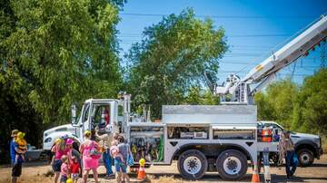 The Afternoon News with Kitty O'Neal - Kids Will Enjoy Garbage Trucks on Parade this July 17, in Roseville