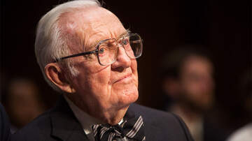 Politics - Former Supreme Court Justice John Paul Stevens Has Died