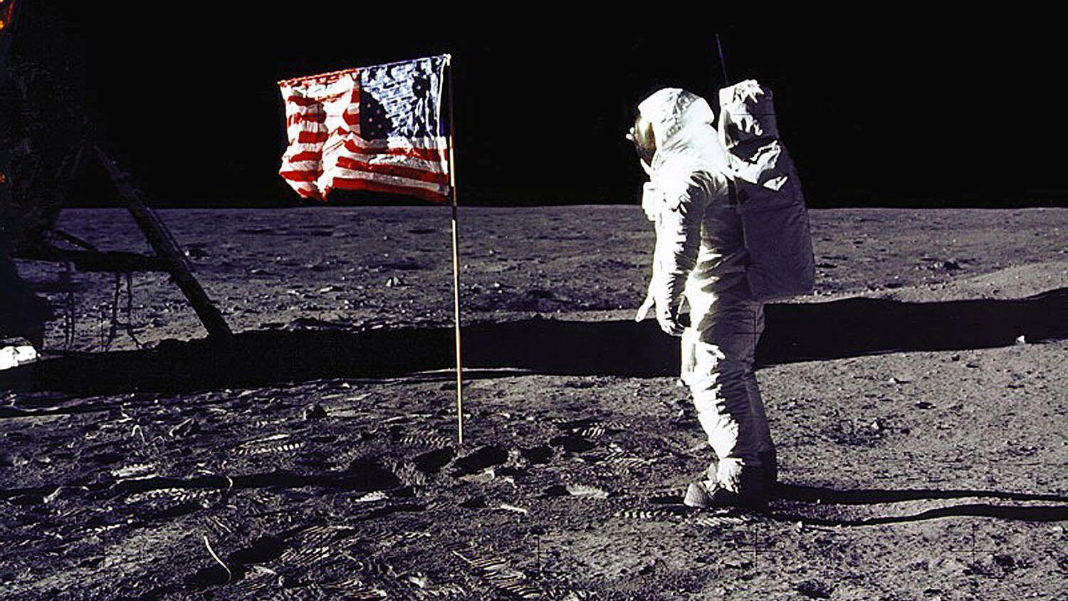 """Yes, Apollo 11 Astronauts Did Have A """"Playlist"""" For Their Walk on the Moon"""