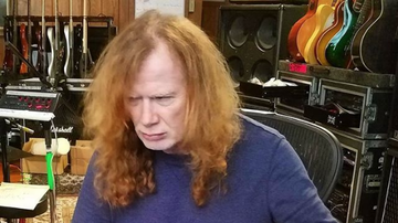 iHeartRadio Music News - Dave Mustaine Continues Work On New Megadeth Album During Cancer Treatment