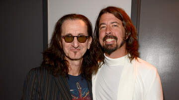 Rock News - Geddy Lee Says He And Dave Grohl Became Friends Thanks To Their Moms