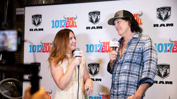 101.7 The Bull Presents Country Uncorked - David Lee Murphy & Caylee Hammack Perform at Country Uncorked